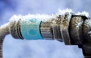AAS-Restoration-and-Roofing-Preventing-Frozen-Pipes-Water-Damage-Kansas-City